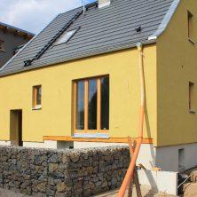 Neues Einfamilienhaus mit Unterkellerung